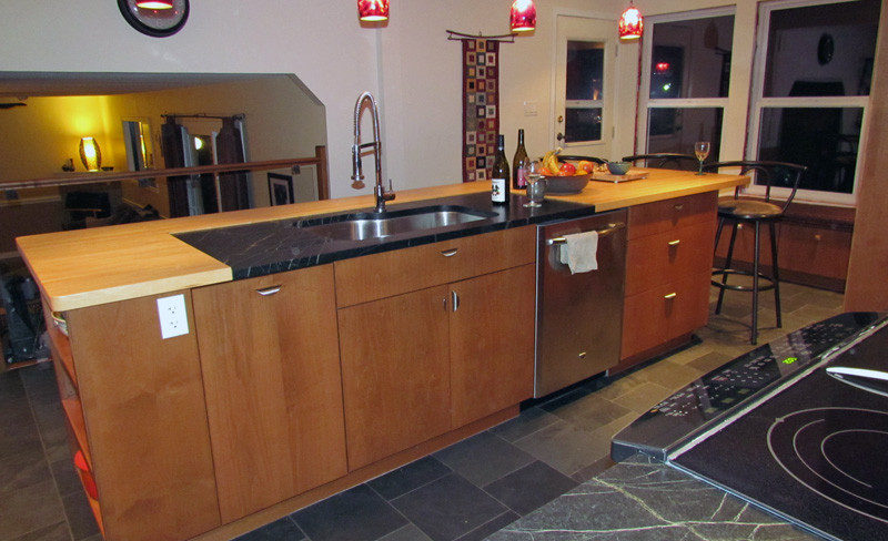 Penticton kitchen design cabinets and bathroomsnew for Kitchen cabinets kelowna